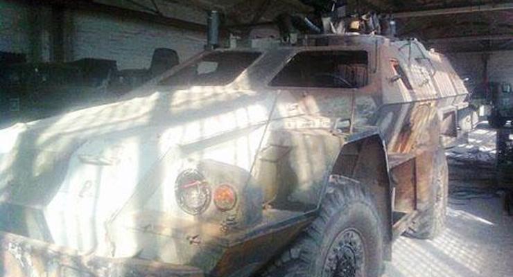 Силы АТО уничтожили бронемашину, находящуюся только на вооружении РФ (фото)
