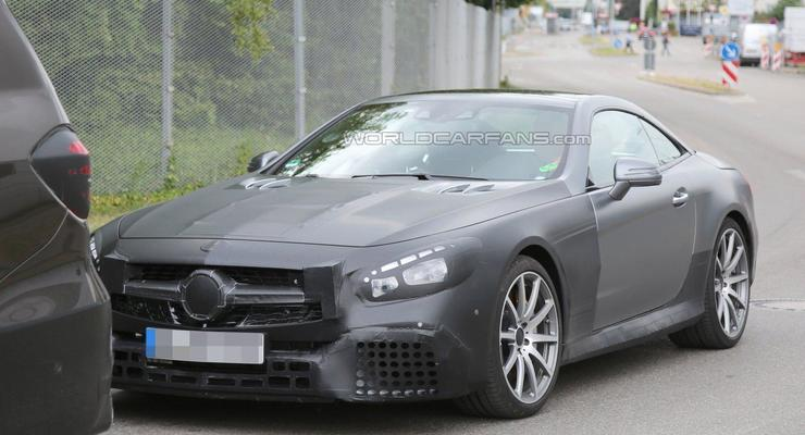 Компания Mercedes вывела на тесты SL63 AMG (фото)