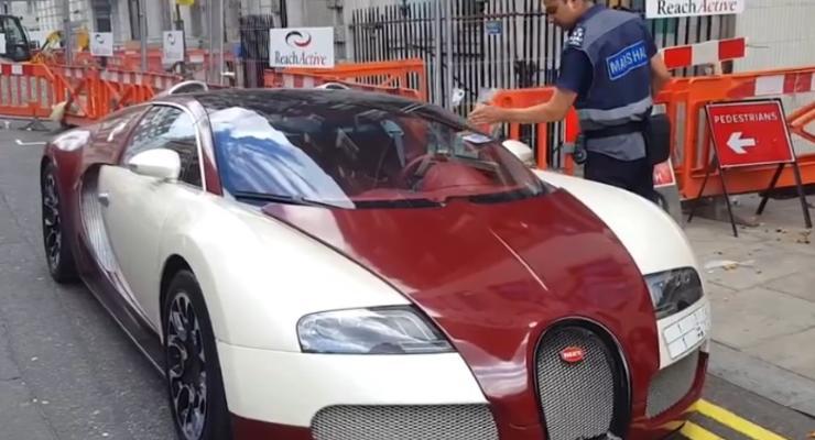 В Британии владелец Bugatti Veyron получил штраф за неправильную парковку (видео)
