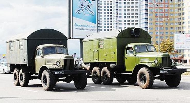 Минобороны расконсервирует старые грузовики ЗИЛ-157