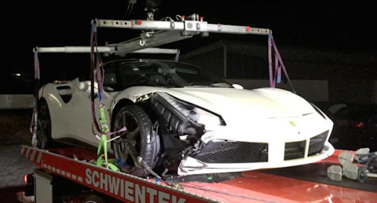 В Германии разбили новейший Ferrari 488 GTB