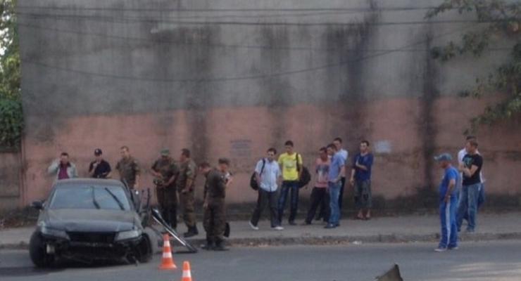В Одессе военнослужащие Нацгвардии насмерть сбили женщину (фото)