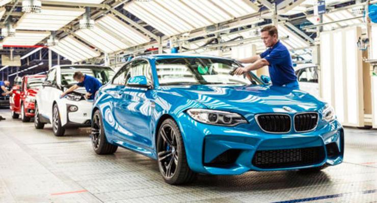 Компания BMW начала выпуск спортивного купе M2