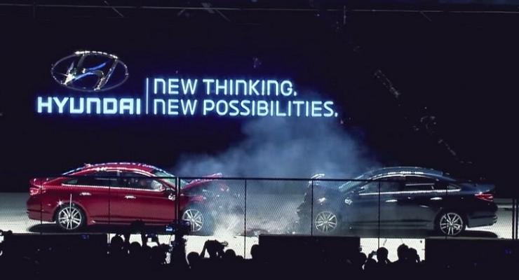 Hyundai столкнула лоб в лоб американскую и корейскую версии Sonata (видео)