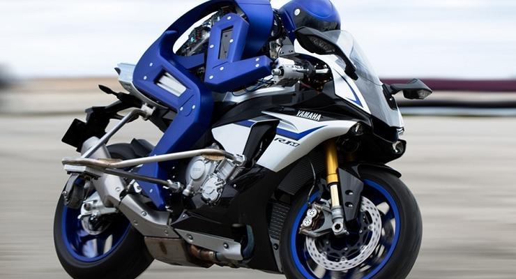 Yamaha представила робота-мотогонщика (видео)