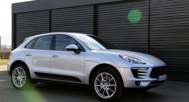 Компания Porsche отзывает кроссоверы Macan в Украине