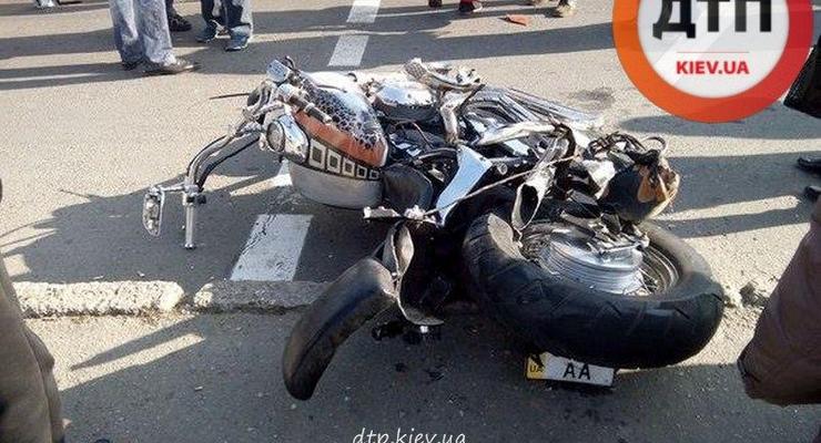 В Одессе насмерть сбили мотоциклиста (видео)