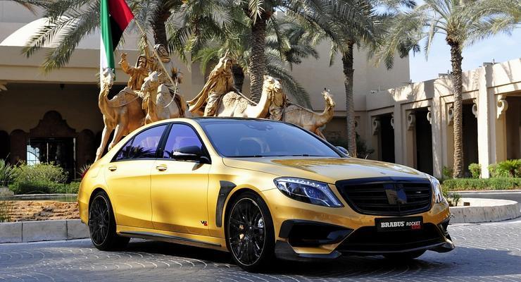 """Ателье Brabus показало """"золотой"""" седан Mercedes S65 AMG"""