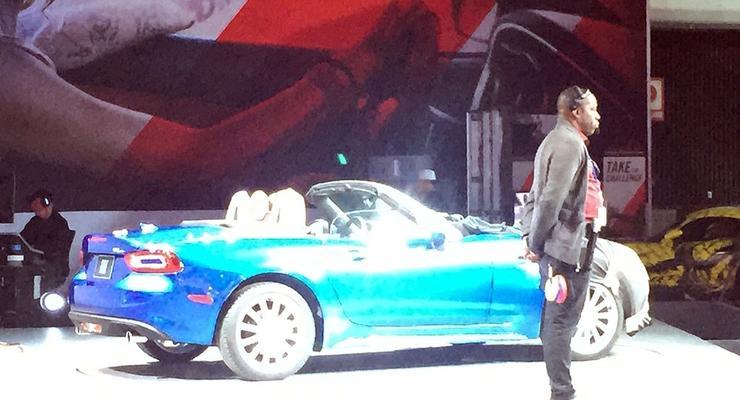 На автошоу в Лос-Анджелесе Fiat показал новый родстер