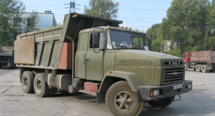 На Луганщине произошло ДТП с военным КрАЗом: 2 погибли, 8 ранены