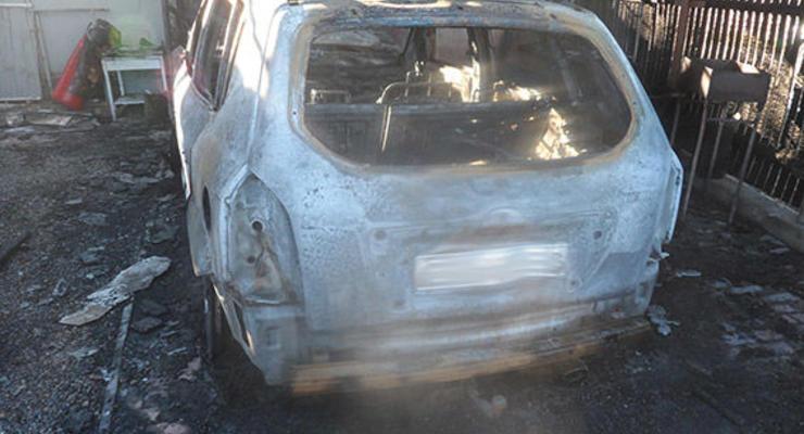 В Одесской области сожгли кроссовер местного депутата.