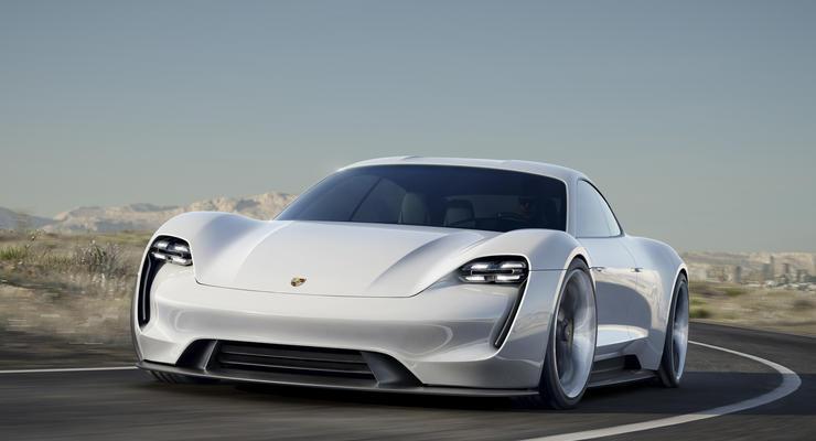 В Porsche анонсировали выпуск электрического суперкара