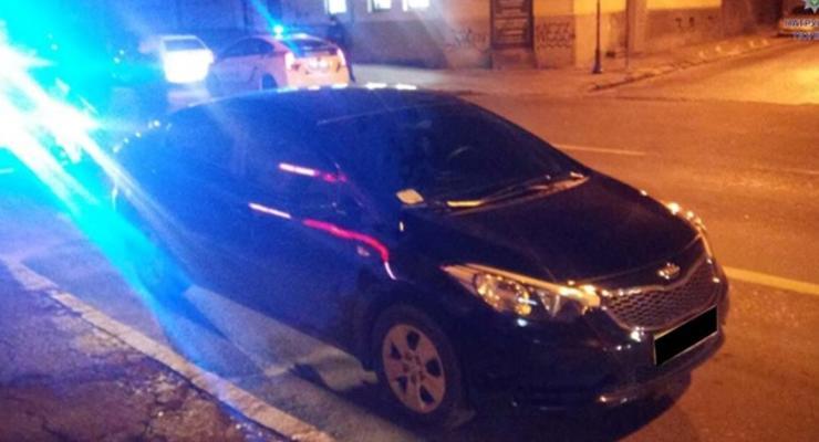 Во Львове полиция задержала пьяного священника за рулем