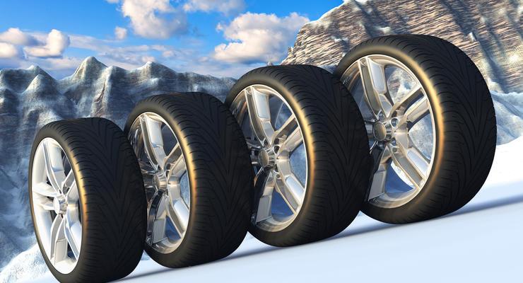 Для Mercedes спикера Рады заказали комплект шин по цене Renault Logan - СМИ