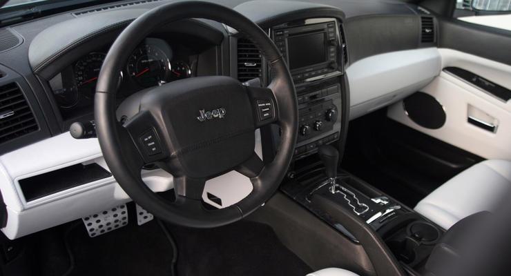Fiat Chrysler отзывает более 570 тысяч автомобилей