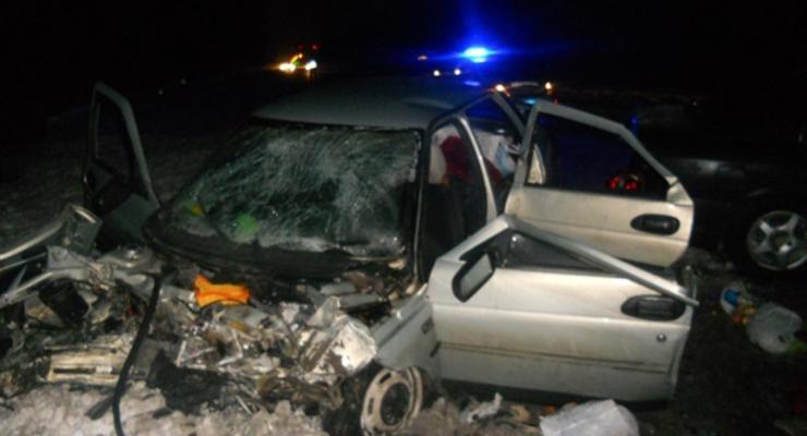 В аварии под Киевом пострадали трое детей