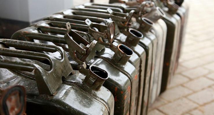 В Минэнерго убедили трейдеров снизить цены на бензин