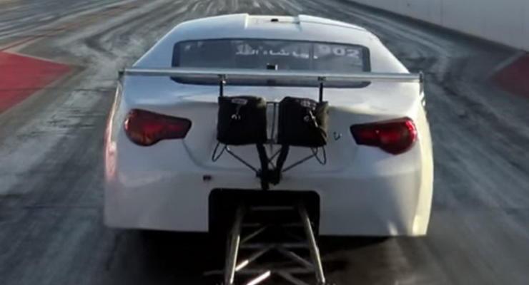 Тюнеры разогнали Toyota GT86 до 400 км/ч (видео)