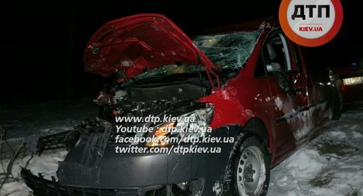 В Киеве пьяный водитель Volkswagen разбил четыре авто (фото)