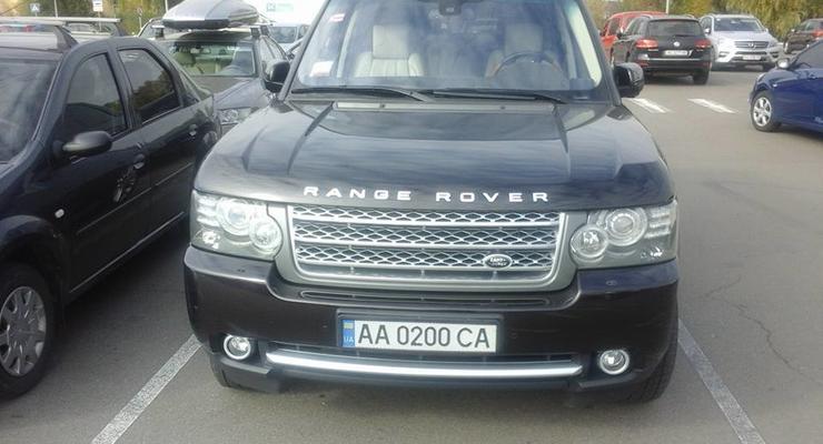 Сила соцсети: после поста в Facebook киевлянин нашел угнанный Range Rover