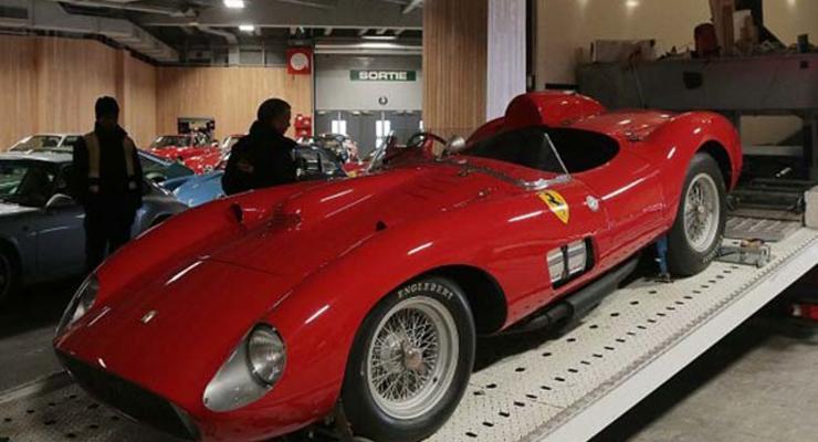 Во Франции Ferrari 1957 года продали за рекордные 32 миллиона евро