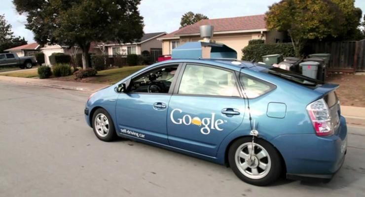 В США программы управления беспилотными авто приравняли к водителям