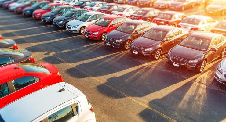 Импорт автомобилей в Украину резко сократился