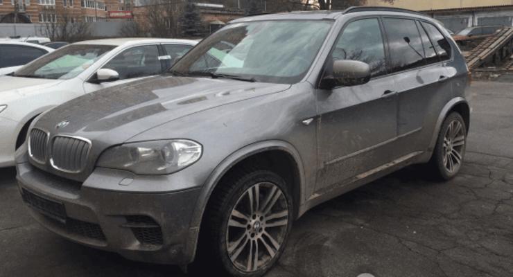 В Киеве полиция задержала угонщиков элитных авто