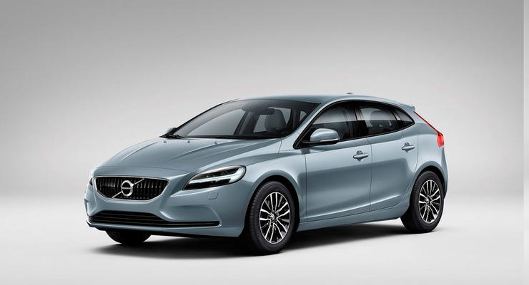 Компания Volvo обновила хэтчбек V40