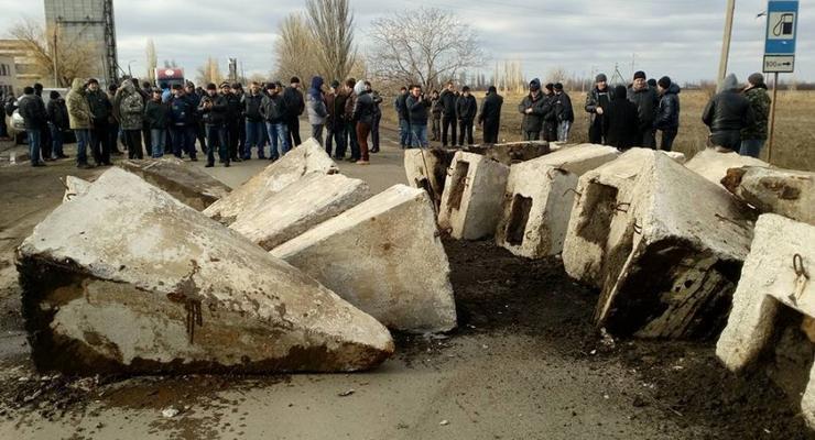 На Николаевщине перекрыли трассу, требуя ее ремонта