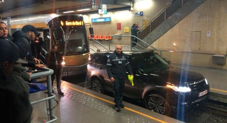 В Бельгии пьяный на Range Rover проехал по тоннелю метро в Брюсселе