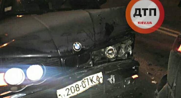 """Адвокат, помогавший """"герою"""" погони в Киеве, стал жертвой пьяного на BMW"""