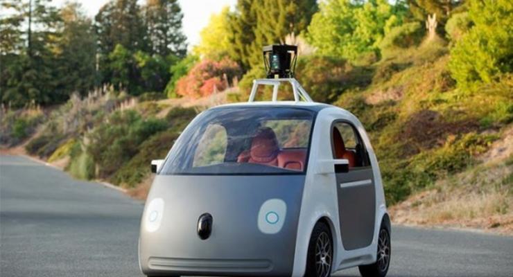 Самоуправляемый автомобиль Google попал в первое ДТП