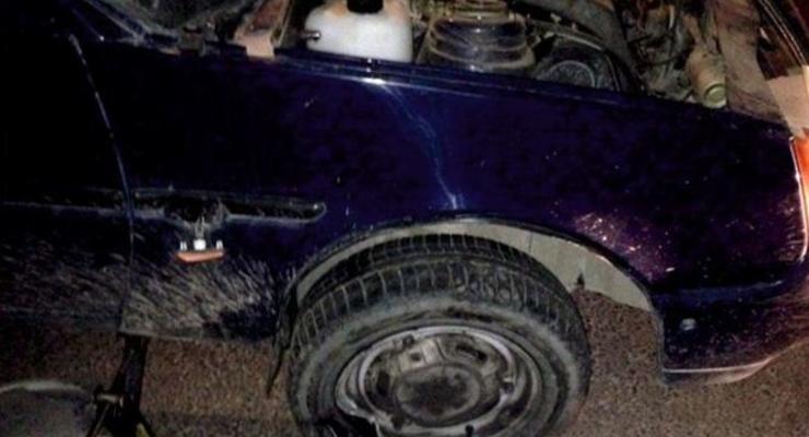 Во Львове пьяный водитель врезался в остановку