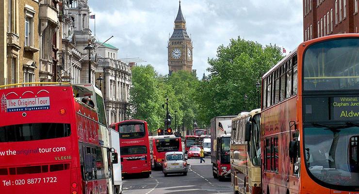 Эксперты назвали города Европы с самыми загруженными дорогами
