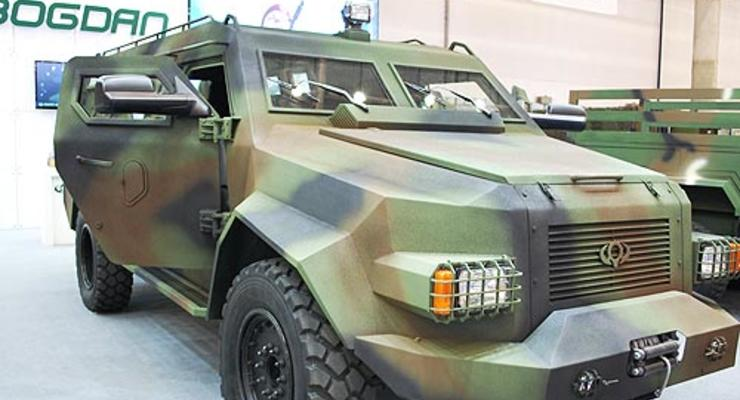 В Черкассах завершили испытания броневика Барс-8