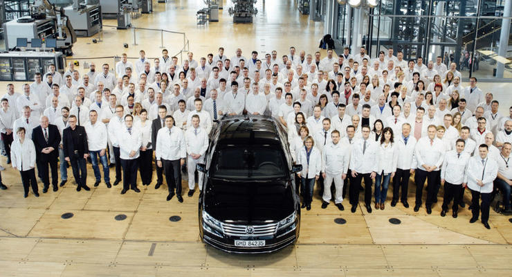 Официально: Volkswagen прекратил выпуск Phaeton