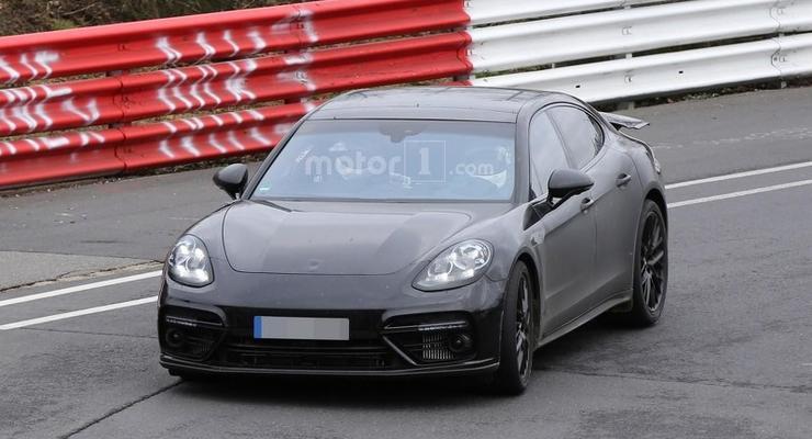 Новое поколение Porsche Panamera проходит финальные тесты