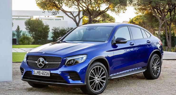 Компания Mercedes официально представила кроссовер GLC Coupe
