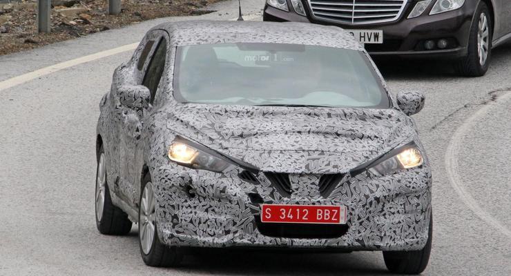 Nissan вывел на тесты новое поколение Micra
