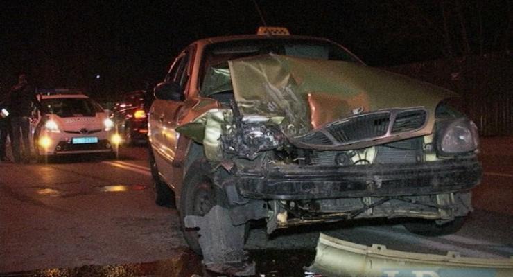 В Киеве водитель Jetta спровоцировал аварию и сбежал