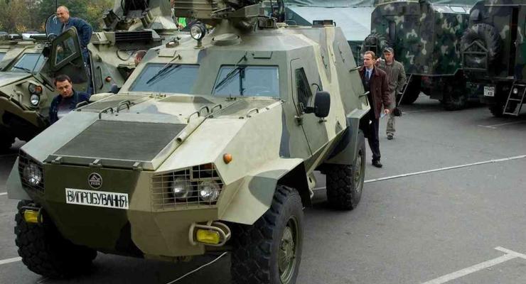 """Тактические машины для армии """"Дозор-Б"""" потрескались на испытаниях"""