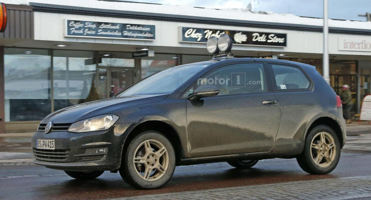 Volkswagen вывел на тесты кроссовер Polo