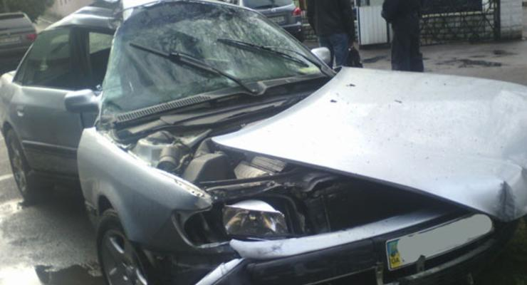 В Ровно водитель совершил ДТП и сбежал, оставив раненую пассажирку