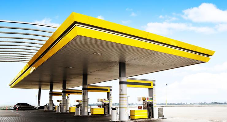 Группа Приват подняла цены на все виды топлива
