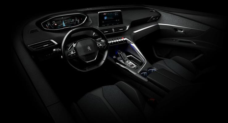 Компания Peugeot показала интерьер нового кроссовера 3008