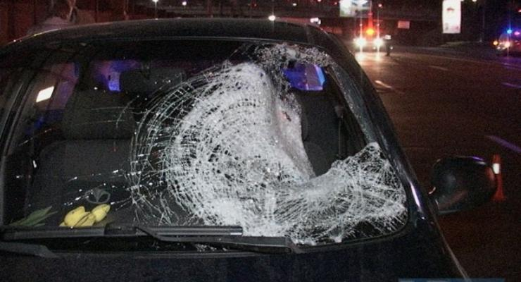 В Киеве пешеход-нарушитель дважды попал под колеса