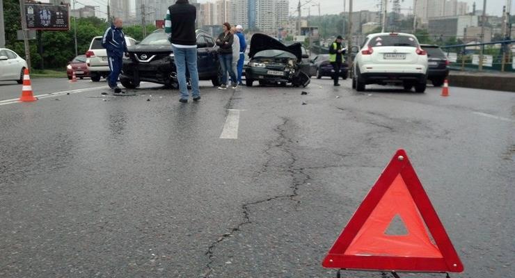 В Киеве произошло масштабное ДТП