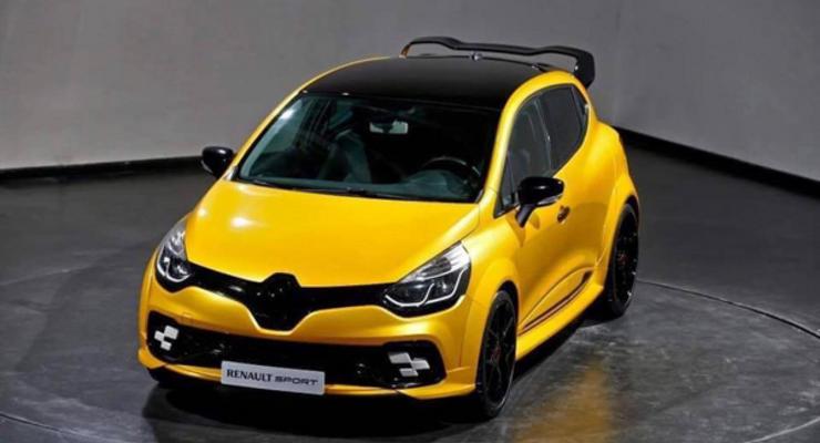 Сверхмощную версию Renault Clio показали до премьеры