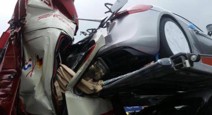 В Германии разбили сразу семь Porsche Cayman GT4